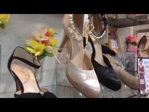 靴 ブライダル ドレス ネックベルト 友達の結婚式にこのパンプス 和歌山