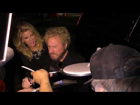 Sammy Hagar BREAKS NEWS at Avalon in Hollywood about Van Halen