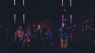 Demi Lovato, Luis Fonsi - Echame la culpa live in Miami