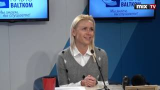 """Председатель правления фонда детской больницы Лиене Дамбиня в программе """"Разворот"""" #MIXTV"""