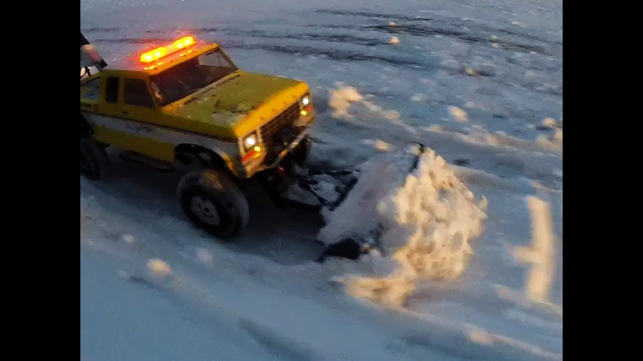 Rc Tow Truck Snow Plow Deep Snow Youtube