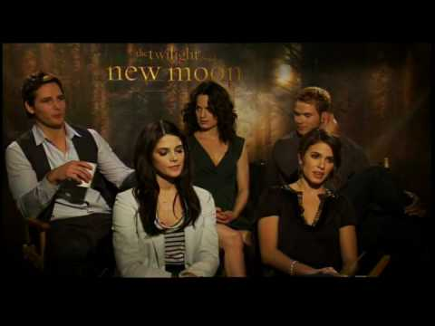 Cullen Family interview for New Moon the Twilight Saga