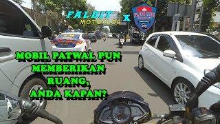 Escorting Emergency Ambulance #22 ( Patwal aja ngasih jalan, Kamu kapan?) | Faldit Motovlog