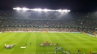 BRUTAL - Real Betis vs FC Barcelona - Himno del Real Betis cantado por más de 50.000 personas.
