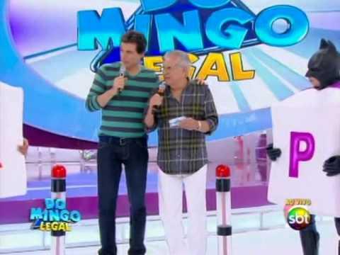 Domingo Legal (15/12/13) - Carlos Alberto e a turma da Praça brincam ...
