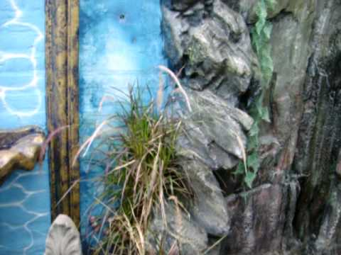 Fuentes adornos y cascadas de agua para jardines youtube for Cascadas para jardin piedra