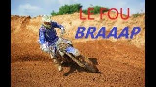 Je fais le fou sur le terrain de moto cross !!!!