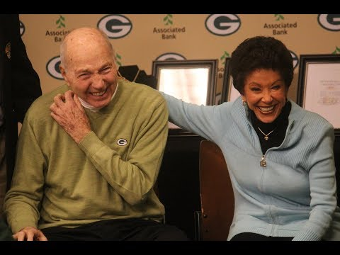 Bart Starr Family Donates to Packers Hall of Fame on Final Green Bay Visit