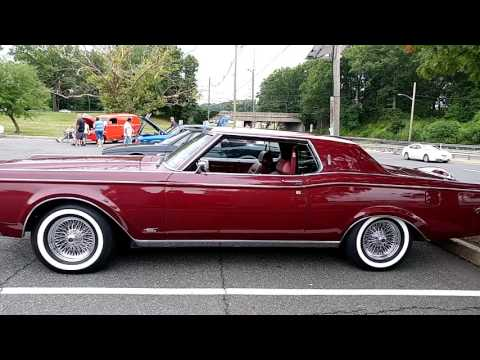 1969 BURGUNDY LINCOLN CONTINENTAL MARK III