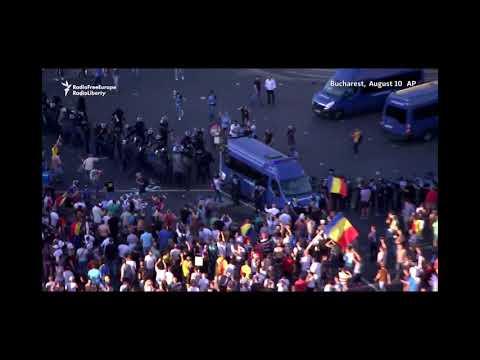 Ciocniri violente la protestul anti-guvernamental de la București