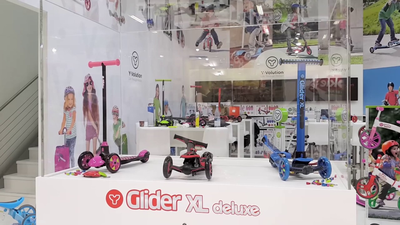 Y Glider Xl Deluxe Arc Folding Design Preview At Spielwarenmesse 2017