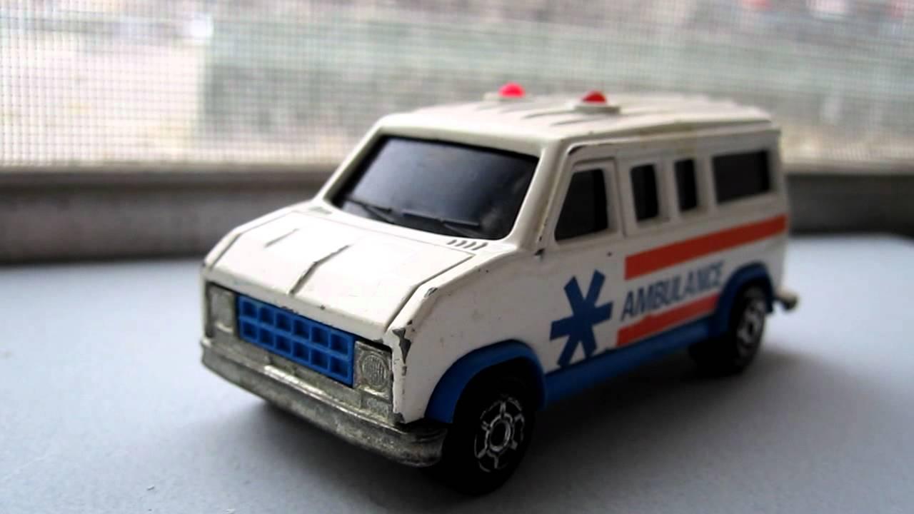 majorette sonic flashers - ford econoline ambulance