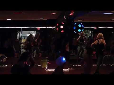 Bailando Enrique Iglesias Dance Fitness Zumba ® at Love 2 Be Fit Studio