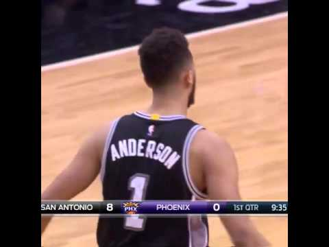 Kyle Anderson with the posterizing dunk.