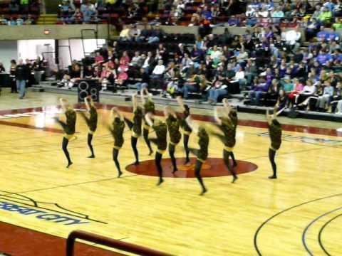 menomonie dance team at state!