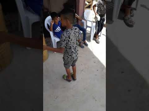 احلا رقص طفل عراقي بغداد / يخبل ركص مو طبيعي 2019 رسول معزوفه ❤ thumbnail