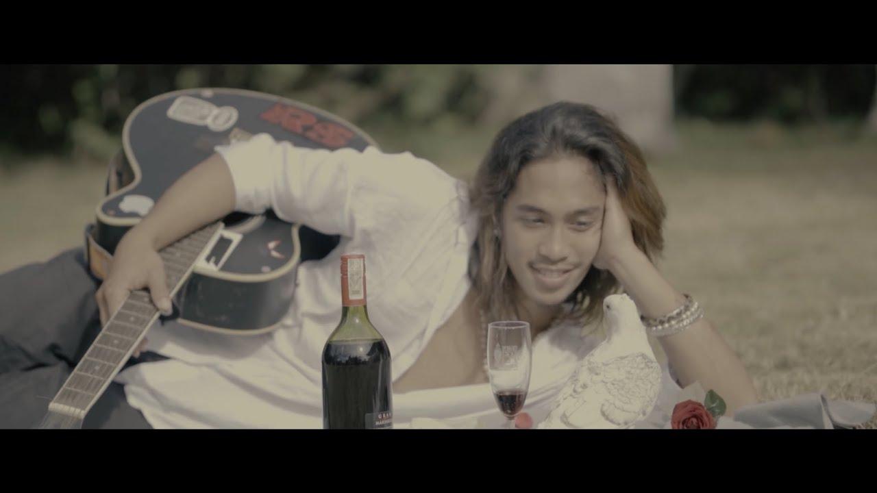 Download Jade Makawili - Plano (Official Music Video)