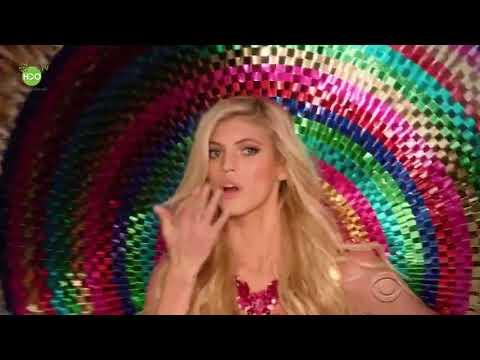 Victoria's Secret 2016 - Opening   Elsa Hosk, Taylor Hill, Maria Borges
