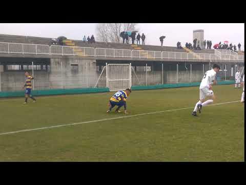 Primavera 2, 4^ Rit Parma-Venezia ~ 37' intervento di Cicagna su Garni: per arbitro regolare