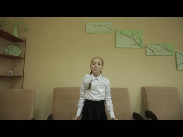 Полина Тутушина читает произведение «Матери» (Бунин Иван Алексеевич)