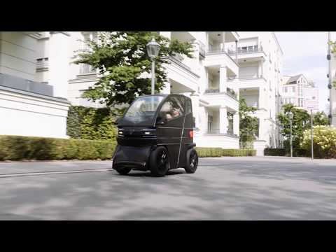 Tiny electric car stretches to take on more passengers