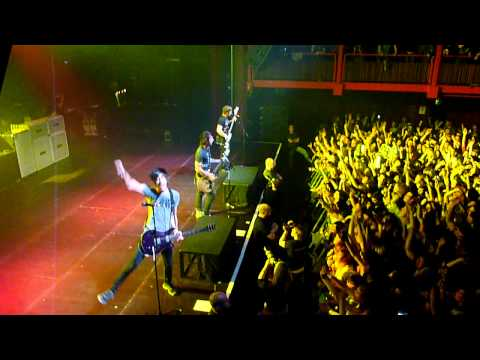All Time Low - Dirty Work Tour - Damned If I Do Ya (Damned If I Don't) @ AB Brussels (15.02.11)