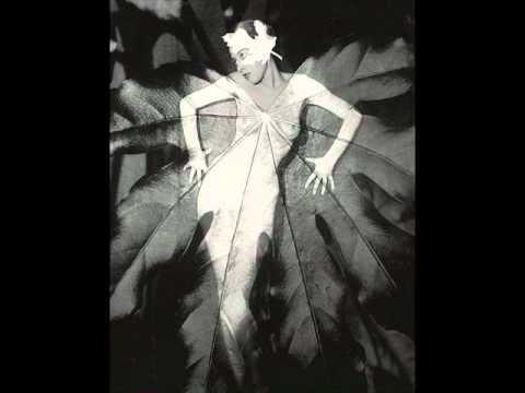Memphis Jug Band - Cocaine Habit Blues (1930)