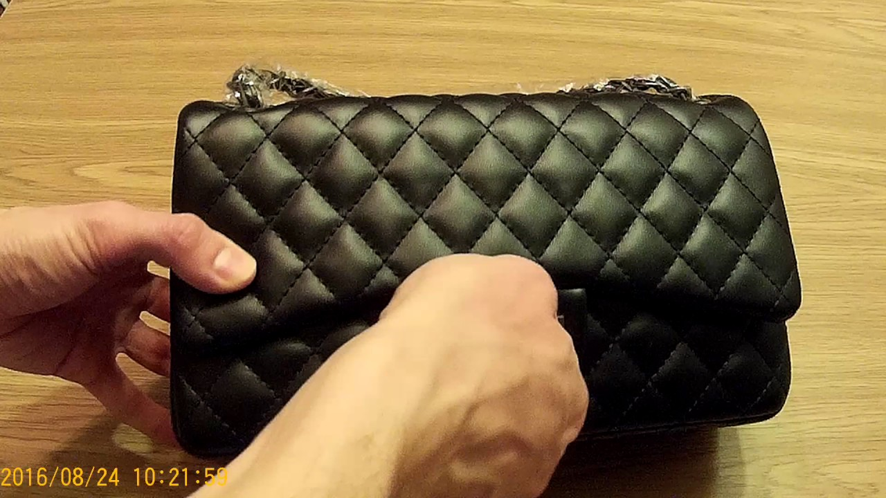 Сумка реплика CHANEL с aliexpress. Fake Chanel 2.55 Bag review. Getting  Fake Designer Bags in China 56a0fd3eeab