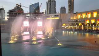 Dubai Mall Fountain show - Whitney