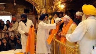 PM Modi offers prayers at Golden Temple, Amritsar
