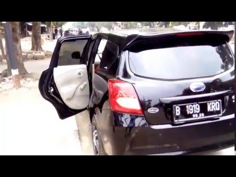 "Datsun Go+ T Panca Black velg racing standar Datsun 15"""