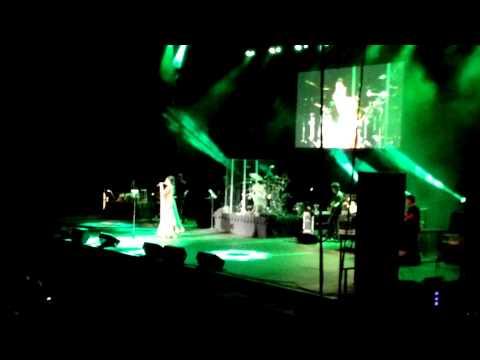 Shreya Ghoshal Tampa 2015 - O Saathi Re (Omkara)
