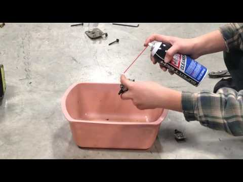 Cleaning Carburetor On Weed Eater
