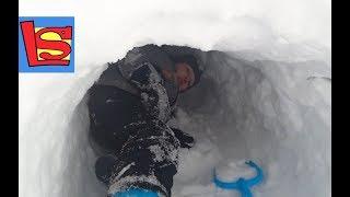 Застряли в снежной пещере Сделали Огромную ледяную горку Супер мангал на даче жарим шашлык тоннель