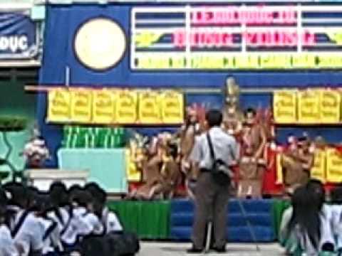 Múa bài Dòng máu Lạc Hồng,cho ngày Giỗ tổ Hùng Vương