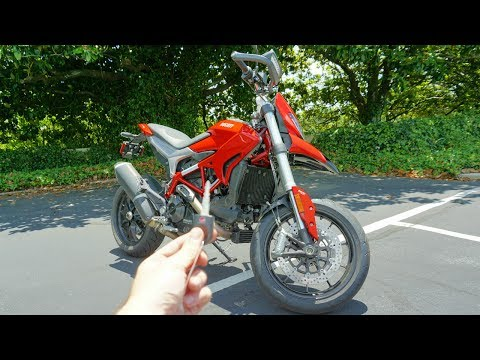2017 Ducati Hypermotard 939: Ride and Review