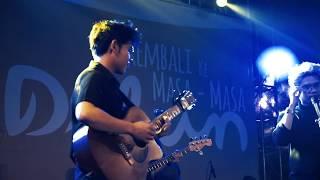Juicy Luicy - Tanpa Tergesa (Live At Hari Dilan Ciwalk bandung)
