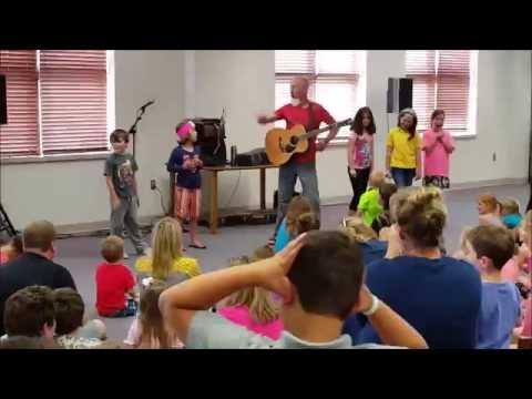 Tom Pease performs in Wausau Wisconsin June 2016