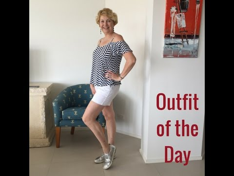 Outfit of the Day - Queensland Casual Style - shorts, top & kicks