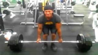 Marc Heflin deadlifting 530 lbs. In Dayton, Ohio