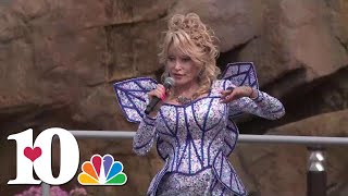 Watch Dolly Parton unveil the new Wildwood Grove at Dollywood