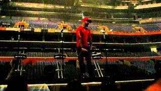 AJ explaining his injury- Backstreet Boys Soundcheck, 05/28/11 Buffalo NY, NKOTBSB Concert