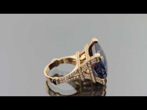 Эксклюзивное кольцо из красного золота 585 пробы с Александритом 38.6 ct и фианитами.