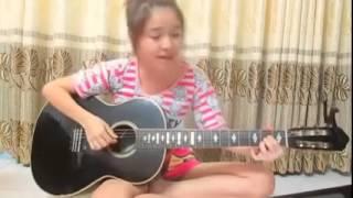 (MANGNHEN.NET) girl xinh cover guitar giấc mơ trưa cực hay
