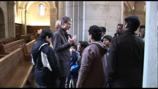 Atfals visit to Grossmünster - Urdu HD