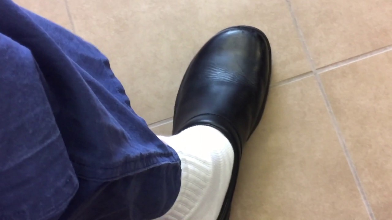 Merrell Shoes for OR / Surgery: Quick