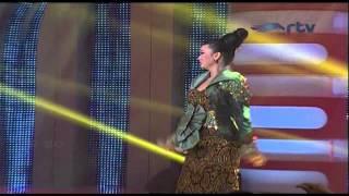 Gambar cover ZASKIA GOTIX [Sudah Cukup Sudah] Live At Putri Panggung (30-06-2014) Courtesy RTV