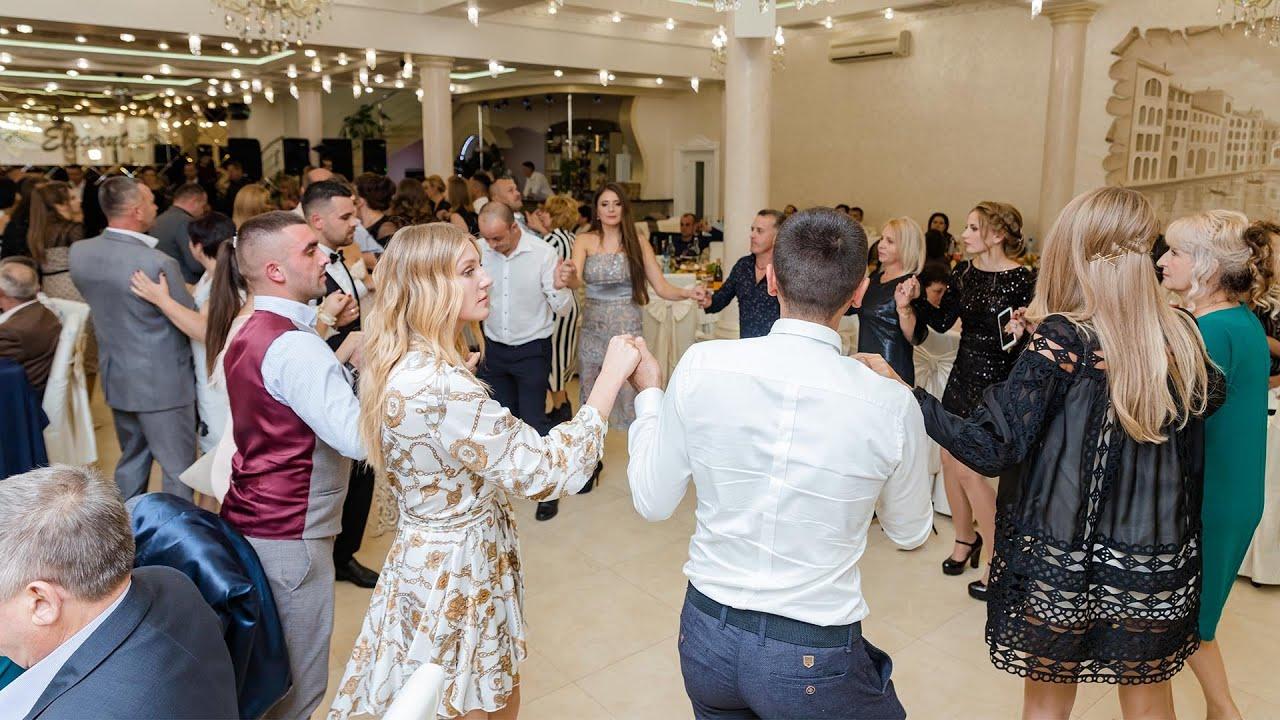 Formatia Delux! Colaj cu muzica de petrecere si muzica populara! Danseaza cu formatia delux!