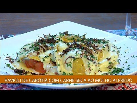 RAVIOLI DE CABOTIÃ COM CARNE SECA AO MOLHO ALFREDO