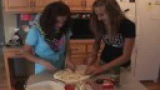 Ks Cookin' - 2 - Pizza Bubble Bread